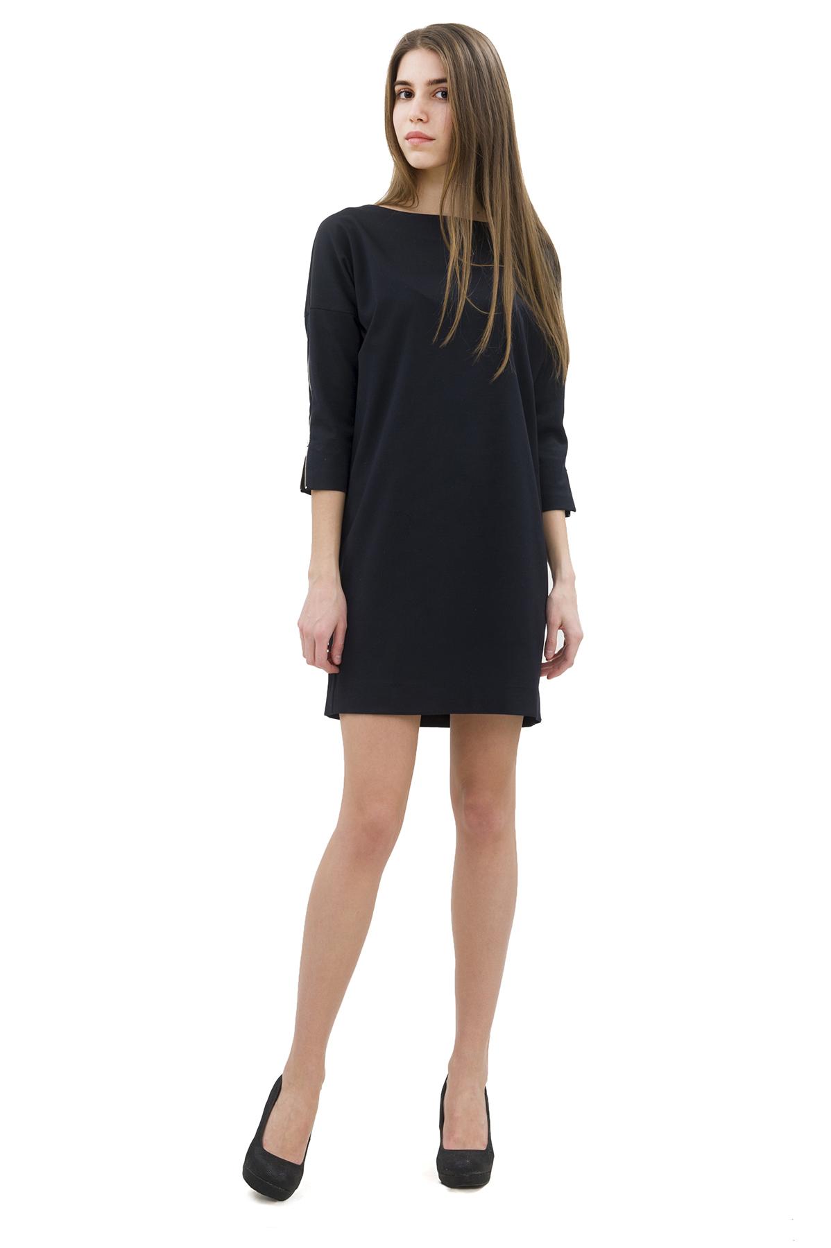 ПлатьеПлатья,  сарафаны<br>Привлекательное платье, выполненное из комфортного материала.  Изделие соблазнительной длины подчеркнет стройность и красоту Ваших ног. <br><br>Цвет: черный<br>Состав: 64% полиэстер; 32% вискоза; 4% эластан<br>Размер: 52,56<br>Страна дизайна: Россия<br>Страна производства: Россия