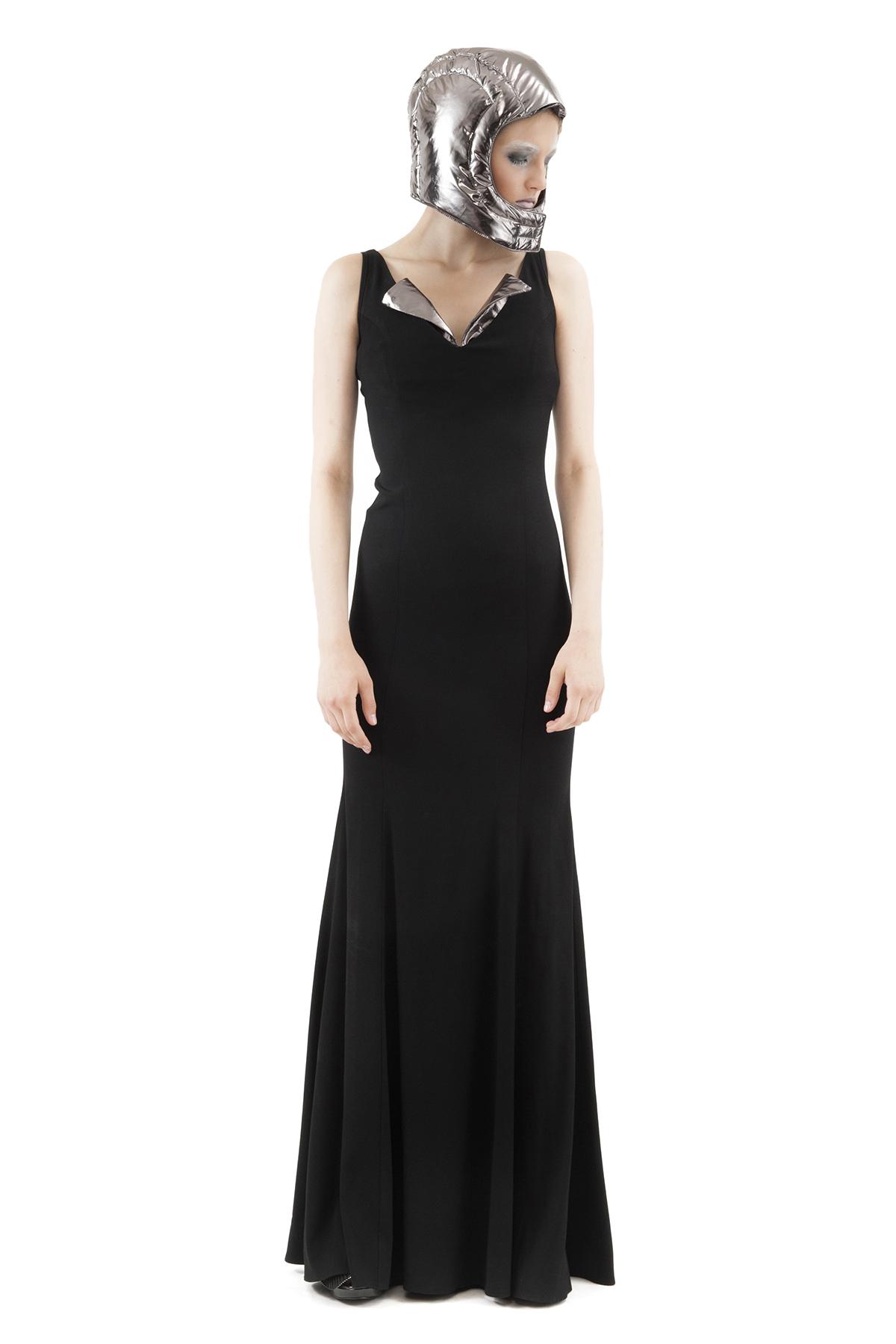 ПлатьеПлатья,  сарафаны<br>Интересный вечерний вариант - платье классической расцветки, оформленное полупрозрачными вставками. Такое изделие обязательно Вам понравится и произведет впечатление. Коллекция Пуходелические сны дизайнера Павла Ерокина.<br><br>Цвет: черный,серый<br>Состав: 99% вискоза, 1 % лайкра<br>Размер: 42<br>Страна дизайна: Россия<br>Страна производства: Россия