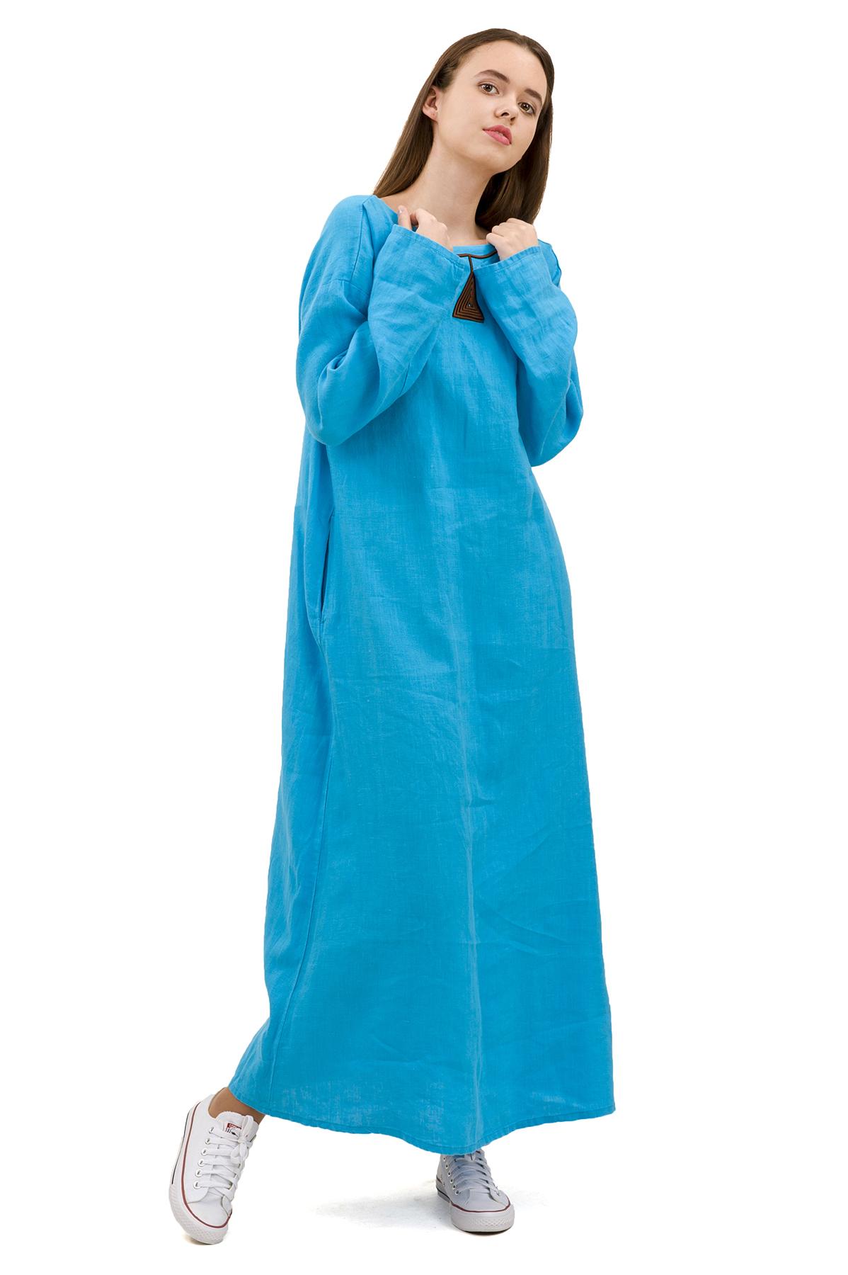 ПлатьеПлатья,  сарафаны<br>Стильное платье выполнено из натуральной ткани - льна. Данная модель удачно подчеркнет красоту Вашей фигуры, а яркая расцветка  не оставит Вас незамеченной.<br><br>Цвет: голубой<br>Состав: 100% лен<br>Размер: 42,44,46,48,50,52,54,56<br>Страна дизайна: Россия<br>Страна производства: Россия