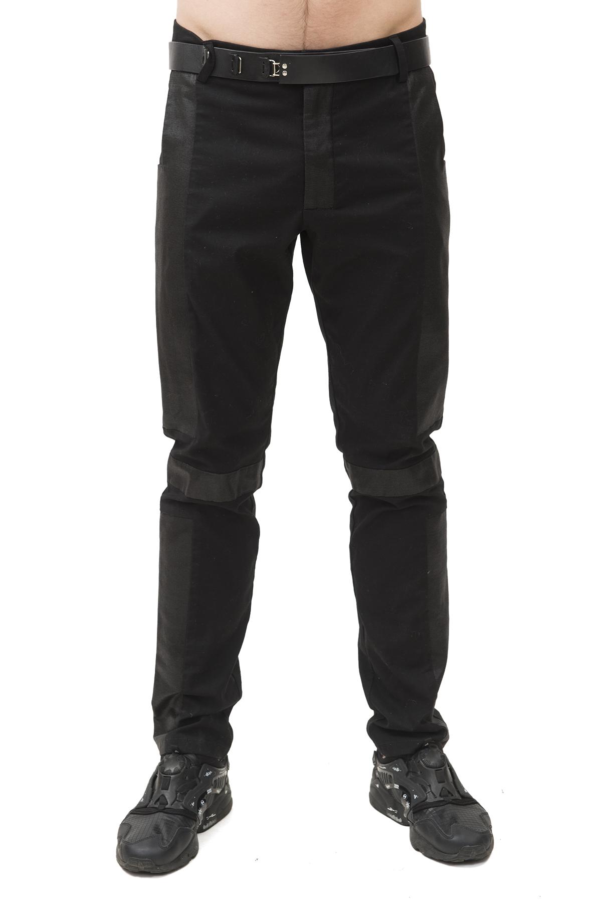 БрюкиБрюки, джинсы, шорты от производителя<br>Брюки Pavel Yerokin выполнены из хлопкового текстиля разной фактуры. Особенности: зауженный крой, застежка на молнии и пуговице, 5 карманов, шлевки для ремня.<br><br>Цвет: черный<br>Состав: Материал 1 - Хлопок - 97%, Спандекс - 3%  Материал 2 - Хлопок - 95%, Полиуретан - 5%<br>Размер: 44,46,48,50,52,54,56<br>Страна дизайна: Россия<br>Страна производства: Россия