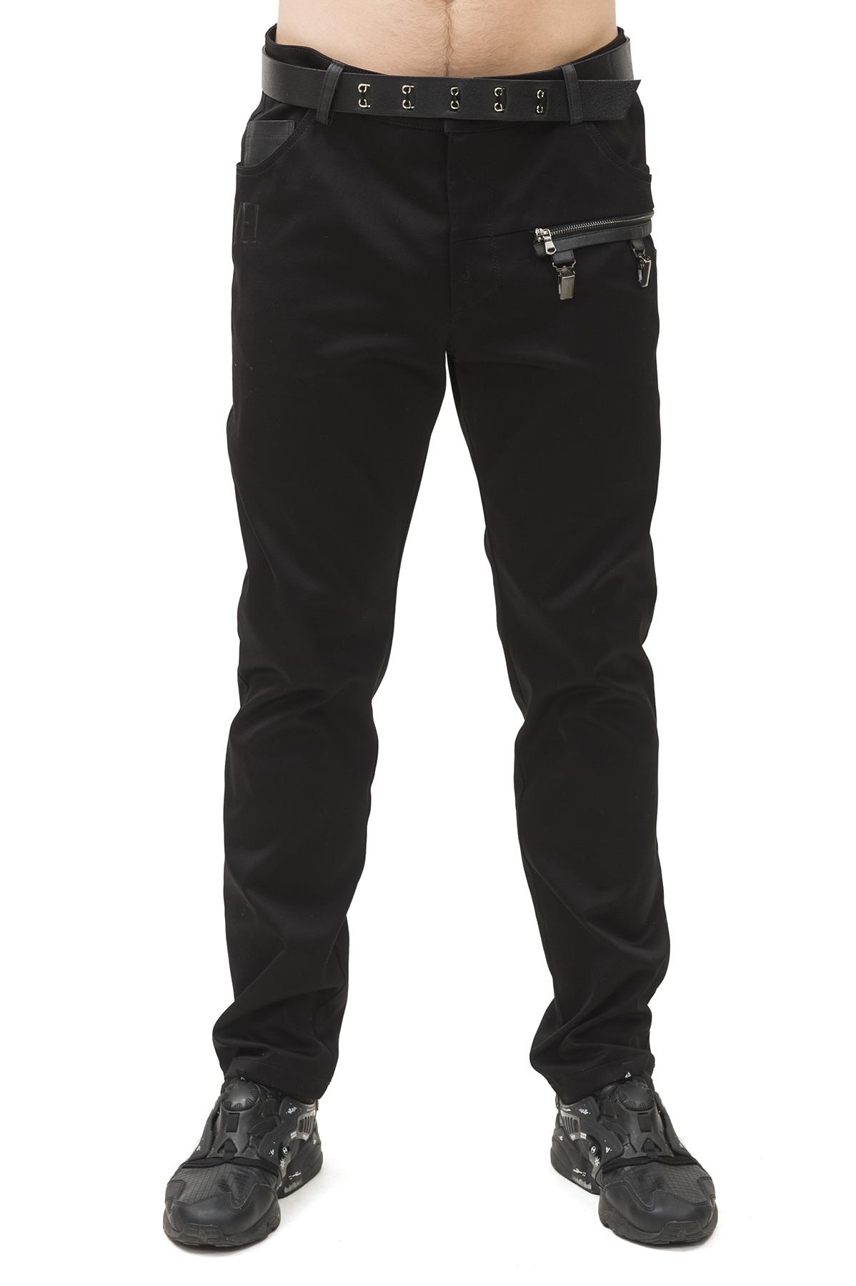 БрюкиБрюки, джинсы, шорты от производителя<br>Мужские брюки бренда Pavel Yerokin выполнены из плотного хлопкового материала. Особенности: облегающий зауженный крой, застежка на молнии и пуговице, два накладных кармана сзади, два кармана спереди, отстегивающийся элемент на молнии с прищепками.<br><br>Цвет: черный<br>Состав: Хлопок - 97%; Спандекс - 3%<br>Размер: 44,46,48,50,52,54,56<br>Страна дизайна: Россия<br>Страна производства: Россия