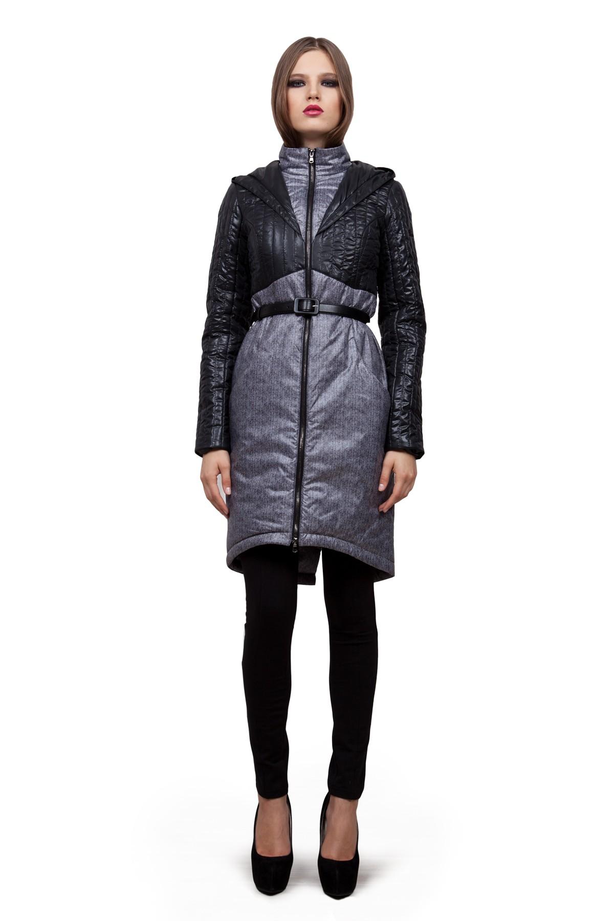 ПальтоЖенские куртки, плащи, пальто<br>В холодный осенний день очень важно ощущение тепла и комфорта. Это тепло может подарить Вам это очаровательное полупальто. Модель приталенного покроя прекрасно сидит по фигуре. Оригинальность пальто заключается в комбинированном дизайне. Такая модель обес<br><br>Цвет: черный, серый<br>Состав: ткань1 - 100% полиэстер, ткань2 - 100% полиэстер, подкладка - 100% полиэстер, утеплитель - 100% полиэстер<br>Размер: 42,44,48,50,52,54,56<br>Страна дизайна: Россия<br>Страна производства: Россия