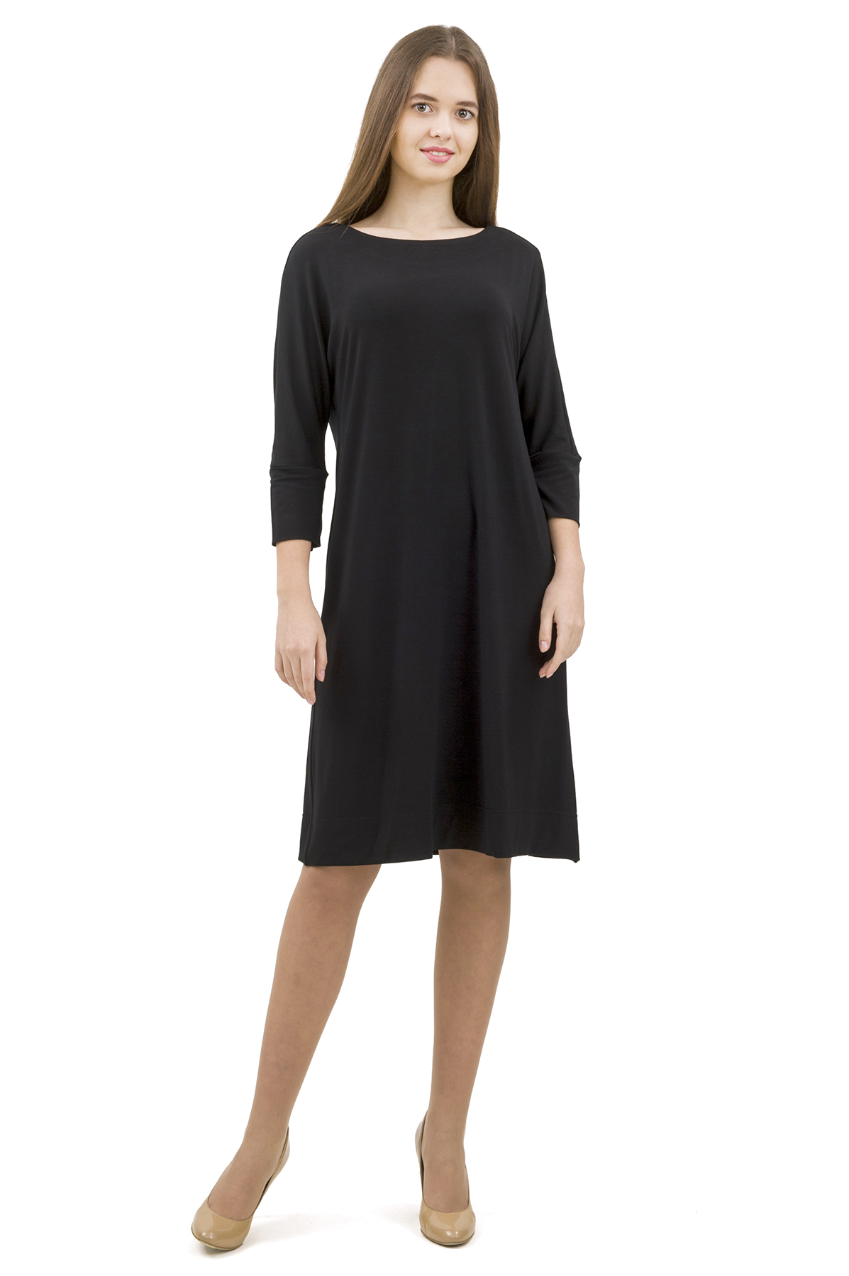 ПлатьеПлатья,  сарафаны<br>Стильное платье выполнено из высококачественного трикотажа. Данная модель удачно подчеркнет красоту Вашей фигуры, а яркая расцветка  не оставит Вас незамеченной.<br><br>Цвет: черный<br>Состав: 92% вискоза; 8% эластан<br>Размер: 40,42,44,46,48,50,52,54,56,58,60<br>Страна дизайна: Россия<br>Страна производства: Россия