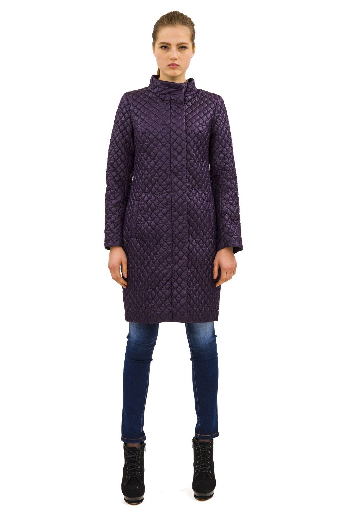 ПальтоЖенские куртки, плащи, пальто<br>Bосхитительный вариант для тех, кто предпочитает стильные решения - элегантное пальтоDoctor Eсдержанного модного дизайна, который подчеркнет Ваш безупречный вкус.<br><br>Цвет: фиолетовый<br>Состав: 100%полиэстер, подкладка - 100%полиэстер<br>Размер: 40,42,46,48,50,52<br>Страна дизайна: Россия<br>Страна производства: Россия