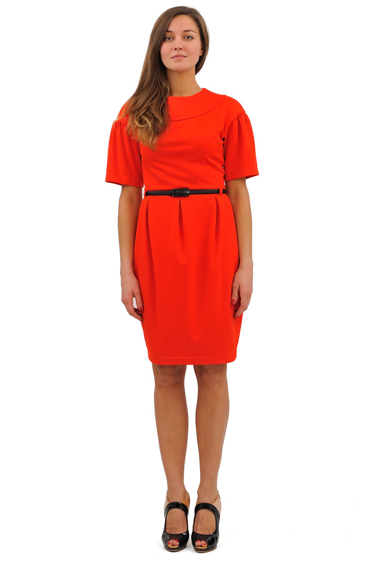 ПлатьеПлатья,  сарафаны<br>Выбирая платье на каждый день, остановите свой выбор на этом симпатичном и стильном изделии. Приталенный силуэт выгодно подчеркнет достоинства Вашей фигуры. Прекрасный вариант для модных женщин, желающих подчеркнуть свою индивидуальность и хороший вкус.<br><br>Цвет: красный<br>Состав: 60% вискоза, 35% полиэстер, 5% лайкра<br>Размер: 42,44,46,48,50,52,54,56,58<br>Страна дизайна: Россия<br>Страна производства: Россия