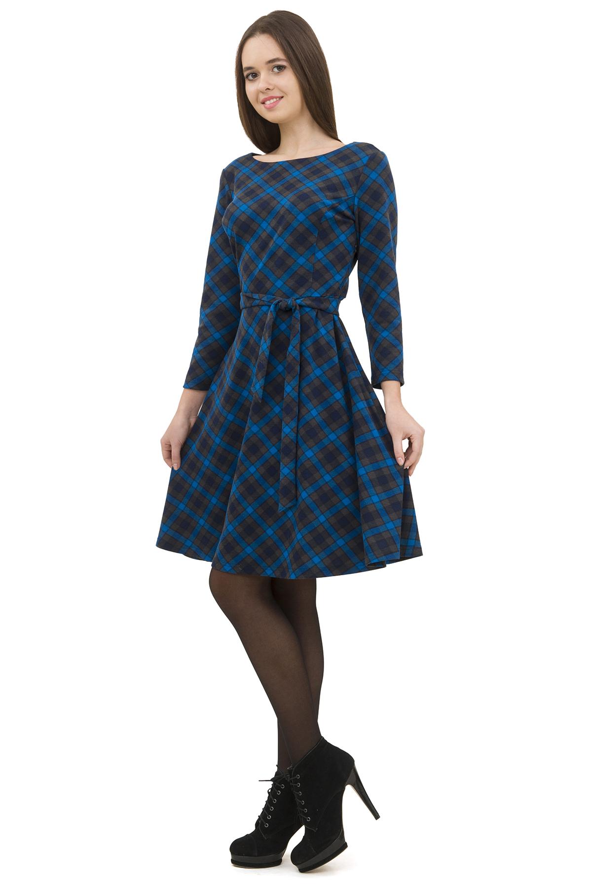 ПлатьеПлатья,  сарафаны<br>Изумительное платье яркой расцветки и лаконичного дизайна не оставит Вас незамеченной среди окружающих.<br><br>Цвет: синий,серый<br>Состав: 95% полиэстер; 5% эластан<br>Размер: 40,42,44,46,48,50<br>Страна дизайна: Россия<br>Страна производства: Россия