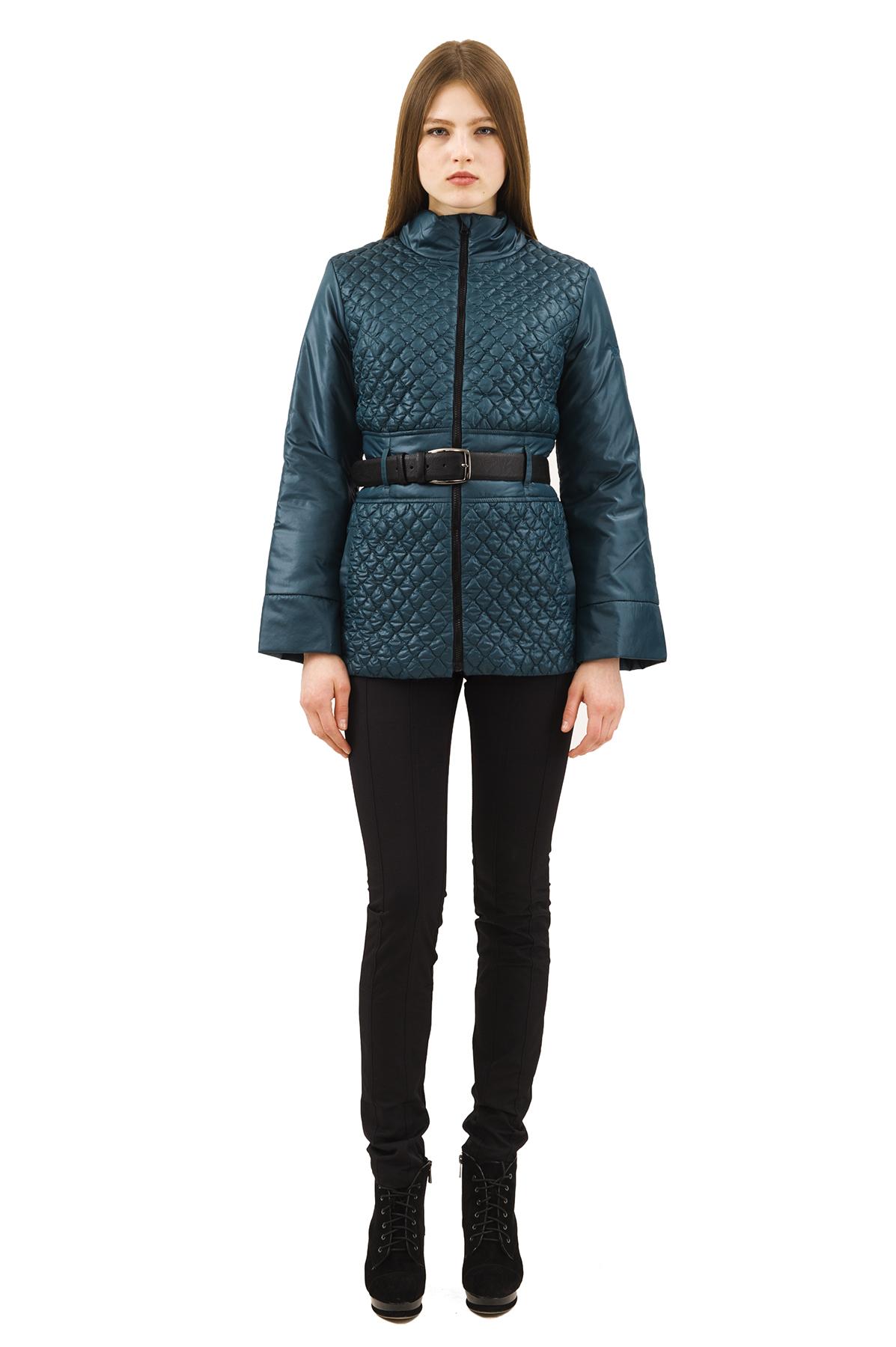 КурткаЖенские куртки, плащи, пальто<br>Стильная куртка для современных жительниц мегаполиса. Выполнена из высококачественного комфортного материала. Эта вещь станет идеальным вариантом для создания современного образа любой девушки.<br><br>Цвет: зеленый<br>Состав: 100% полиэстер, подкладка- 100% полиэстер<br>Размер: 40,48,50,56,58,60<br>Страна дизайна: Россия<br>Страна производства: Россия