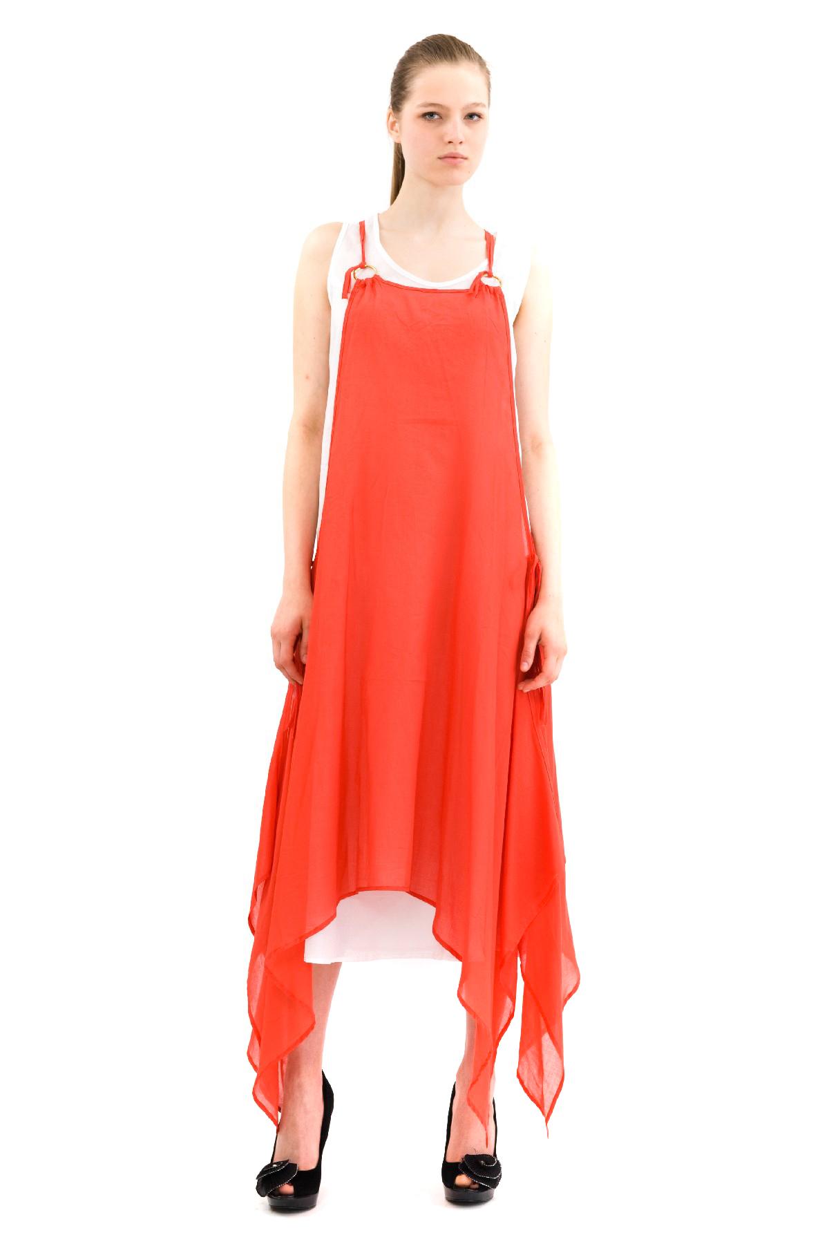 ПлатьеПлатья,  сарафаны<br>Эффектное платье из хлопкового материала. Модель станет замечательным дополнением к Вашему гардеробу. Покорите окружающих с первого взгляда на Вас!<br><br>Цвет: коралловый<br>Состав: 100% хлопок<br>Размер: 40,42<br>Страна дизайна: Россия<br>Страна производства: Россия