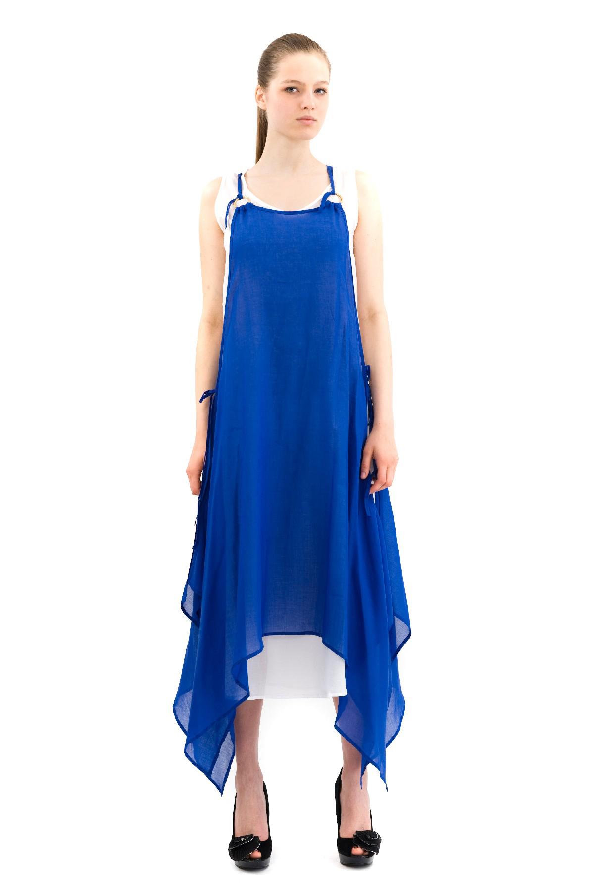 ПлатьеПлатья,  сарафаны<br>Эффектное платье из хлопкового материала. Модель станет замечательным дополнением к Вашему гардеробу. Покорите окружающих с первого взгляда на Вас!<br><br>Цвет: синий<br>Состав: 100% хлопок<br>Размер: 50,52,54,56,58,60<br>Страна дизайна: Россия<br>Страна производства: Россия