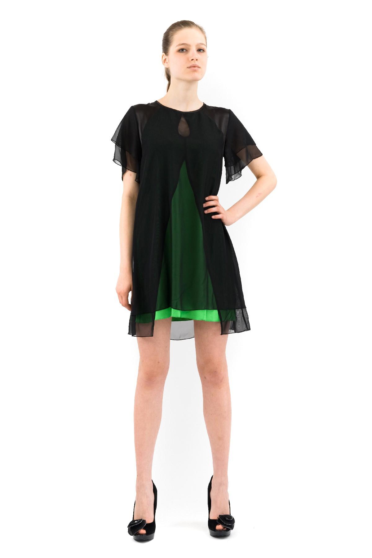 ПлатьеПлатья,  сарафаны<br>Восхитительное платье с шифоновыми рукавами и длиной чуть выше колен. Модель эффектной расцветки смотрится привлекательно и модно. Выполнено из превосходного сочетания двух тканей.<br><br>Цвет: черный,лайм<br>Состав: ткань1-92% вискоза, 8% лайкра, ткань 2-100% полиэстер<br>Размер: 40,42,44,46,48,50,52,56,58<br>Страна дизайна: Россия<br>Страна производства: Россия