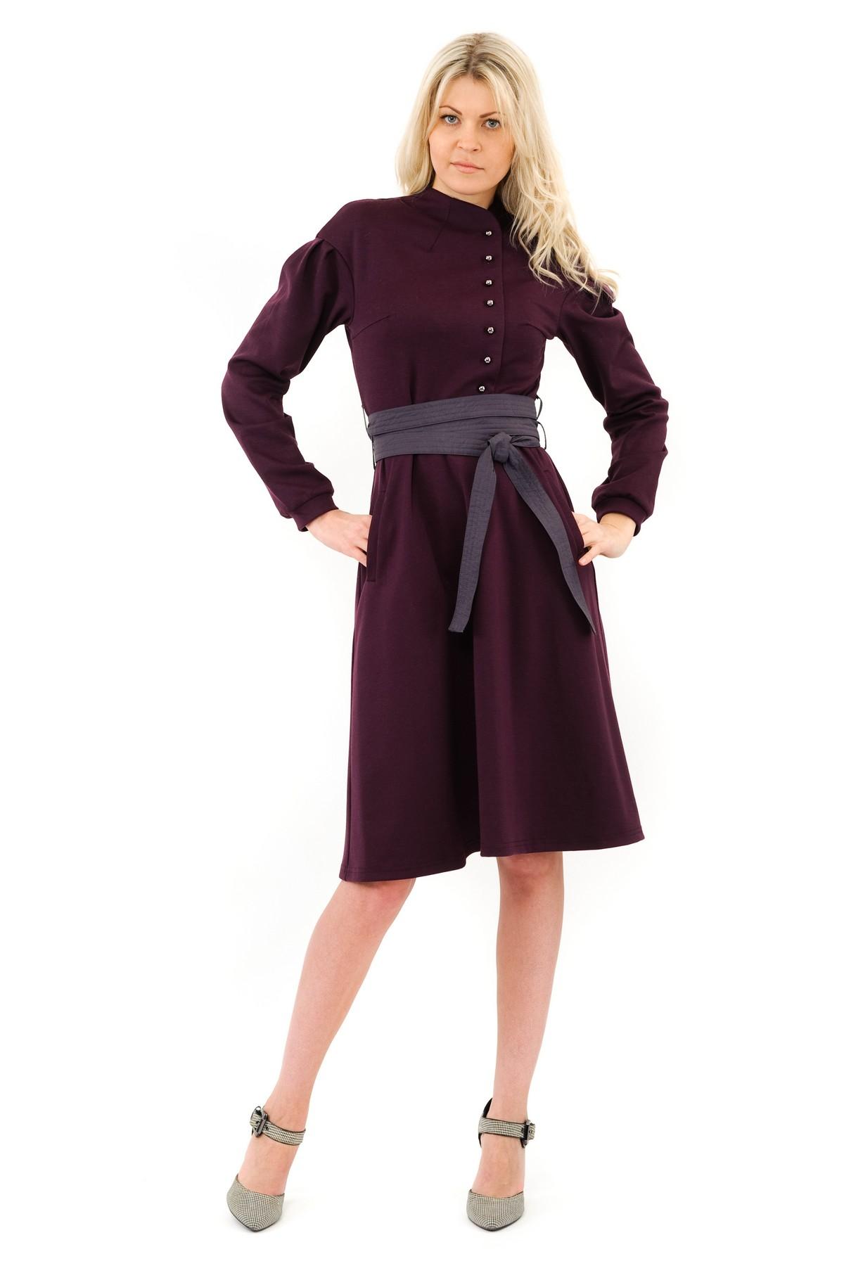 ПлатьеПлатья,  сарафаны<br>Изысканное трикотажное платье макси-длины преобразит любую девушку, придав ее образу неповторимую чувственность. Добавьте в свой гардероб нотку настоящего изысканного шика вместе с этим ярким стильным очаровательным платьем!Коллекция Колонизация дизайн<br><br>Цвет: баклажановый<br>Состав: 60% вискоза, 35% полиэстер, 5% лайкра<br>Размер: 40<br>Страна дизайна: Россия<br>Страна производства: Россия