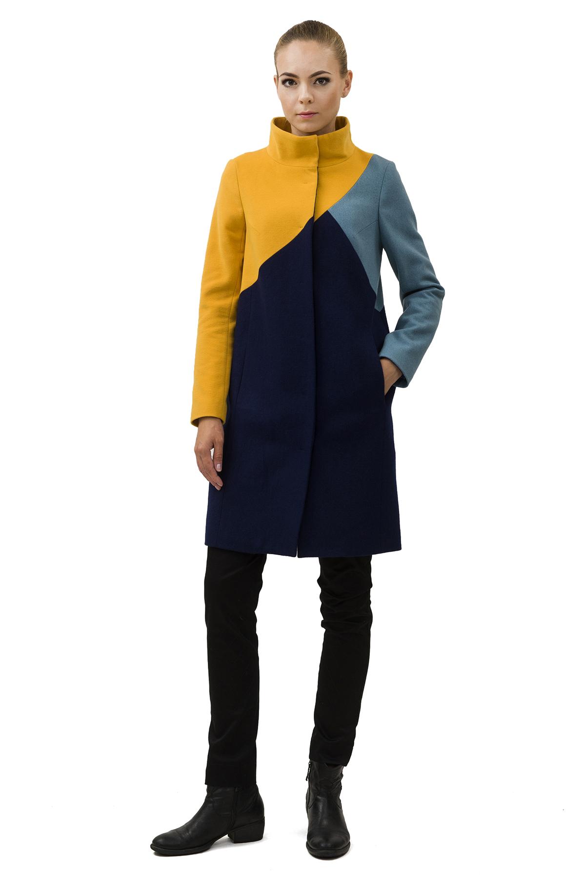 ПальтоЖенские куртки, плащи, пальто<br>Восхитительный вариант для тех, кто предпочитает стильные решения - элегантное пальто сдержанного модного дизайна, который подчеркнет Ваш безупречный вкус. Прекрасный вариант для создания элегантного образа.<br><br>Цвет: синий,горчица,голубой<br>Состав: 65% полиэстер, 15% шерсть, 18% вискоза, 2% эластан Подкладка: 50% полиэстер, 50% вискоза<br>Размер: 48,50,52<br>Страна дизайна: Россия<br>Страна производства: Россия