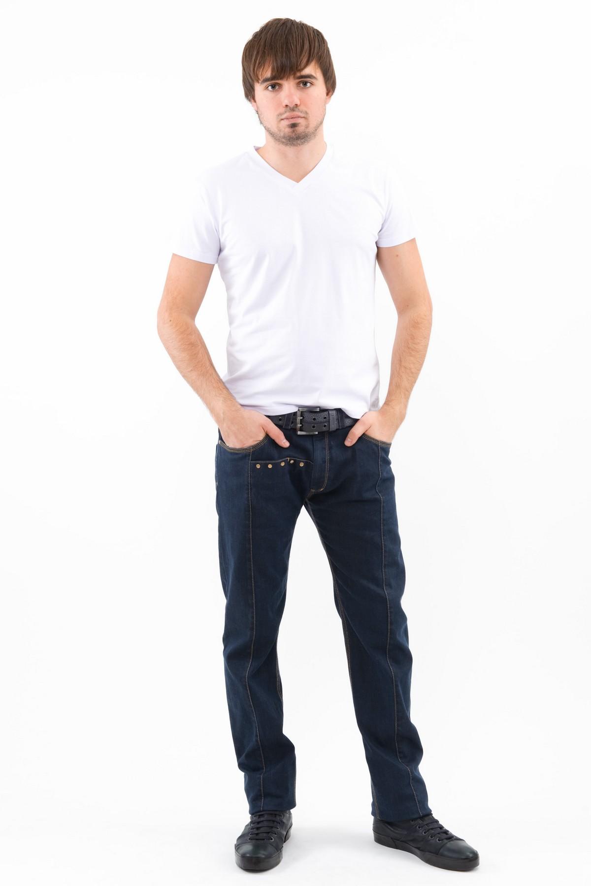 ФутболкаМужские футболки, джемпера<br>Футболка – это удобный выбор на каждый день, поэтому она должна быть яркой и стильной, чтобы привнести в повседневный образ красок. Округлый вырез горловины, короткие рукава - все это футболка Doctor E, из высококачественного трикотажа, не вытягивается по<br><br>Цвет: белый<br>Состав: 92% хлопок 8% лайкра<br>Размер: 46,48,50,52,54,56,58,60<br>Страна дизайна: Россия<br>Страна производства: Россия
