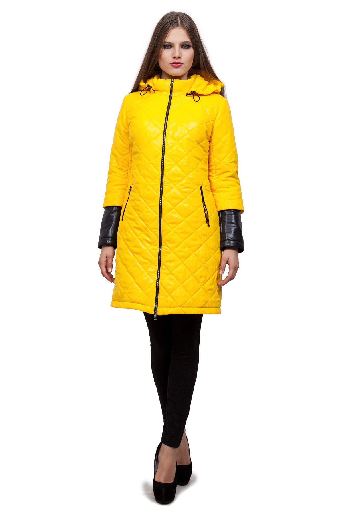 ПальтоЗимние куртки, пальто, пуховики<br>Стильное пальто согреет в холодные дни. Модель с воротником-стойкой и длинными рукавами имеет застежку на молнию. Изделие дополнено удобными карманами. Отличный осенний вариант.<br><br>Цвет: желтый, черный<br>Состав: 100%полиэстер, подкладка-100%полиэстер, утеплитель - термофин 200г<br>Размер: 42<br>Страна дизайна: Россия<br>Страна производства: Россия