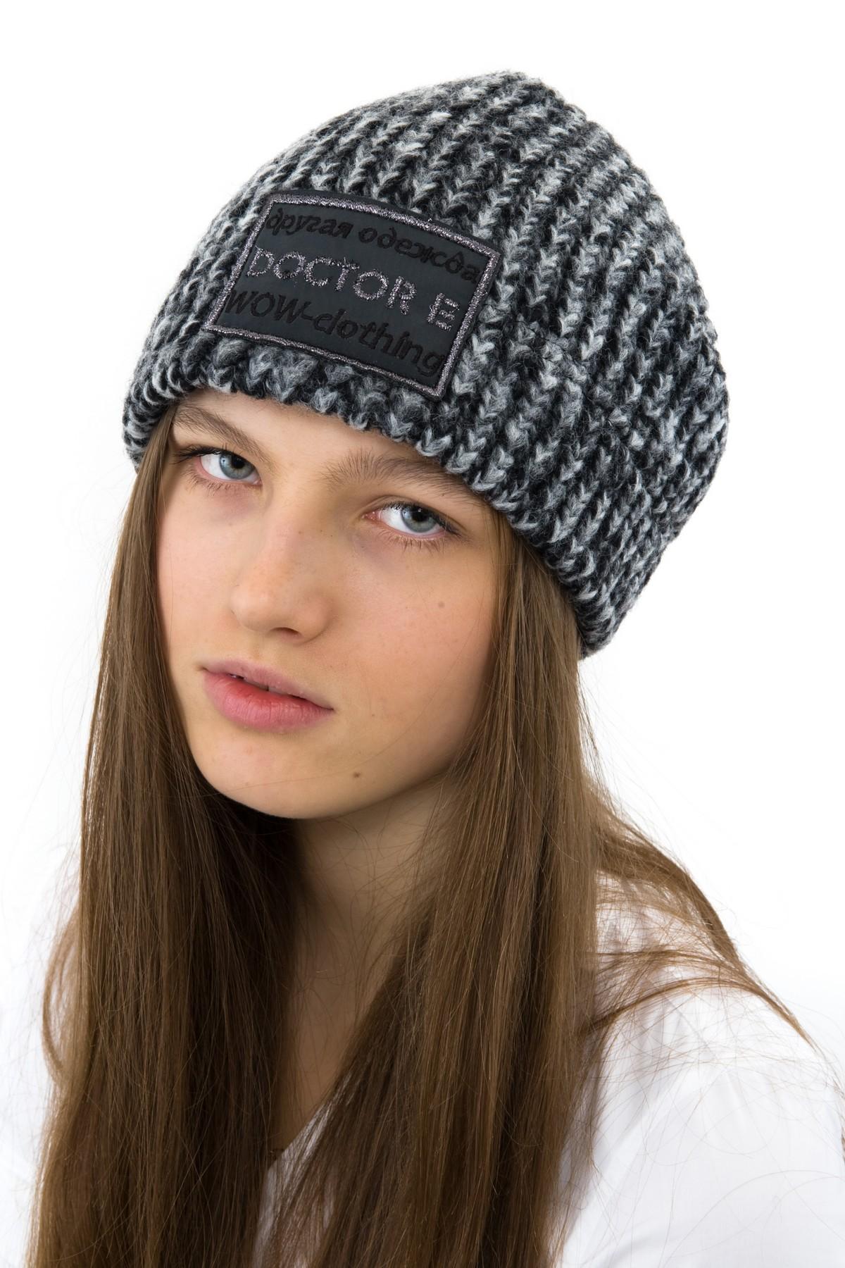 ШапкаАксессуары<br>Стильная шапка из итальянской шерстяной ткани. Идеальный вариант на любой случай.<br><br>Цвет: серый<br>Состав: 80% шерсть,15% полиэстер, 5 % акрил<br>Страна дизайна: Россия<br>Страна производства: Россия