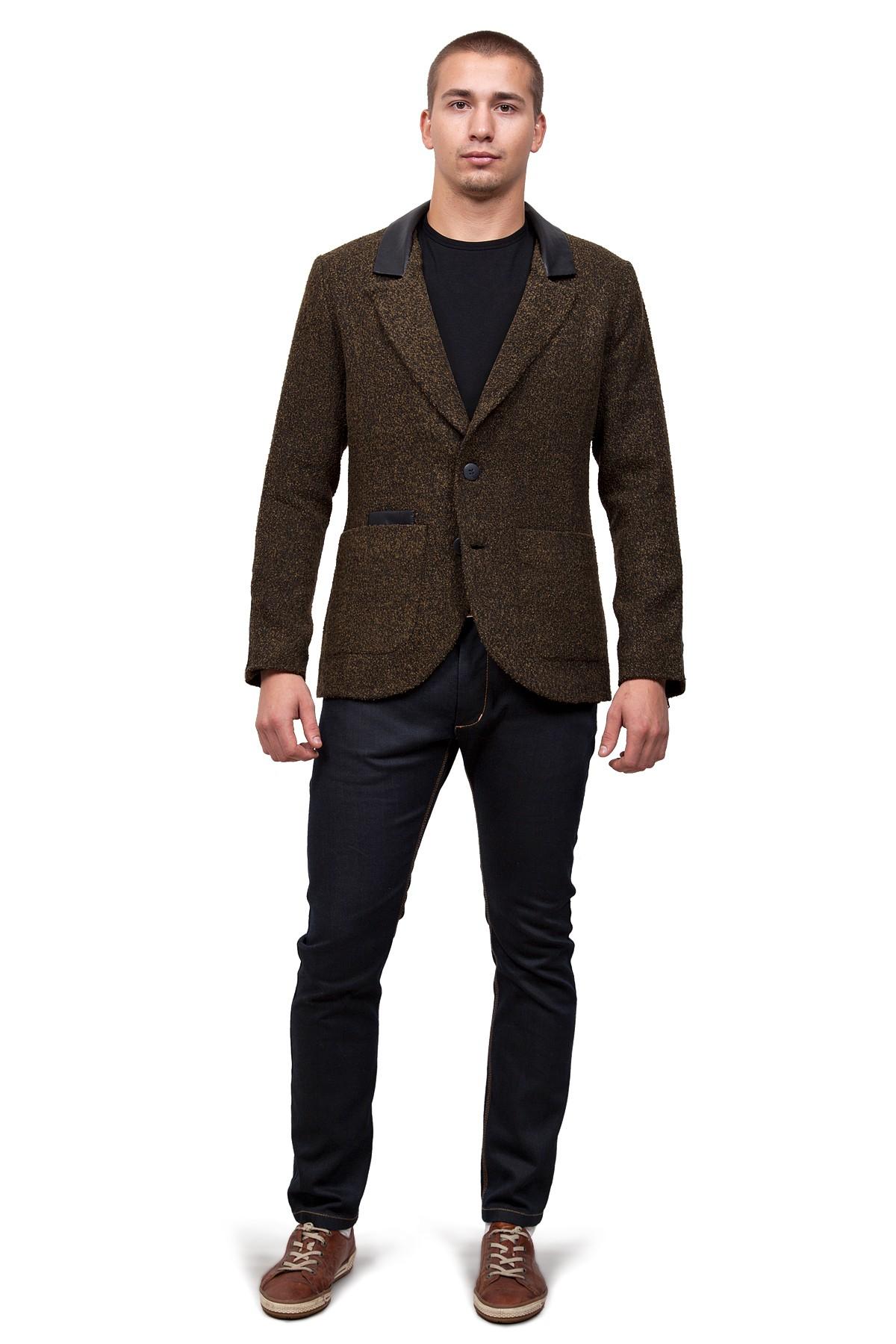 ПиджакПиджаки, жилеты<br>Этот великолепный пиджак стирает все стереотипы, и позволят примерить на себя новый яркий и интересный образ. Модель приталенного покроя с застежкой на пуговицы и накладными карманами. Особенность данной  модели – это комфортный материал букле и отделка и<br><br>Цвет: хаки, черный<br>Состав: ткань-30%шерсть, 30%полиэстер, 30%акрил, 10%полиамид, подкладка -54%полиэстер, 46%вискоза<br>Размер: 48,50,54,60<br>Страна дизайна: Россия<br>Страна производства: Россия