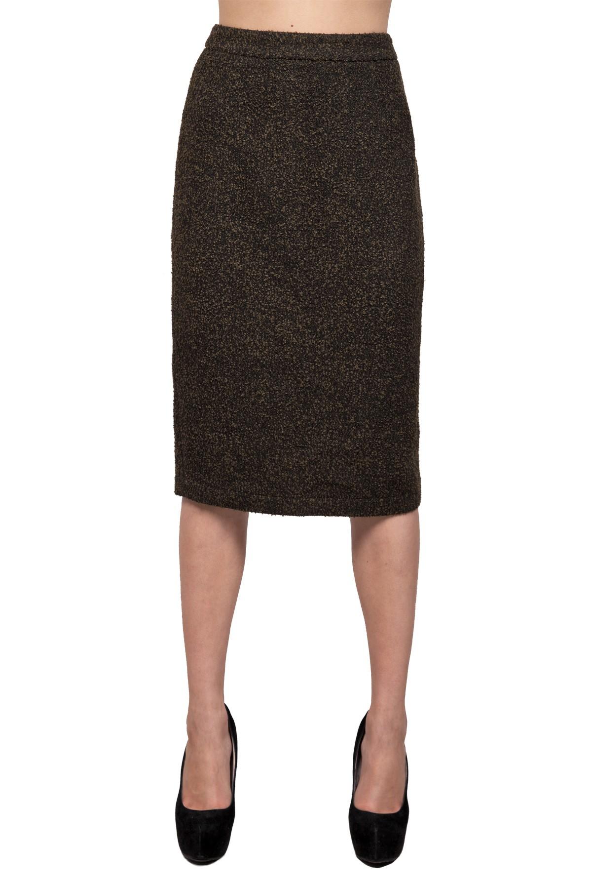 ЮбкаЖенские юбки и брюки<br>Юбка прямого кроя - образец стиля. Юбка с шлицей дополнена застежкой на молнию. Мягкая  ткань букле обеспечивает комфорт и долговечность.<br><br>Цвет: хаки<br>Состав: ткань1-30%шерсть, 30%полиэстер, 30%акрил, 10%полиамид, ткань2-100%полиэстер, подкладка -54%полиэстер, 46%вискоза<br>Размер: 40,42,44,46,48,50,52,54,56,58,60<br>Страна дизайна: Россия<br>Страна производства: Россия
