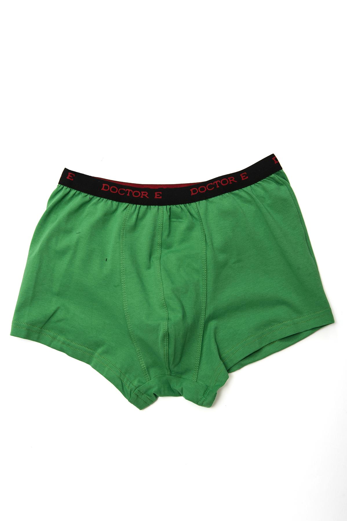 ТрусыМужские футболки, джемпера<br>Трикотажные мужские трусы.Модель выполнена из качественного трикотажа практичной расцветки. <br><br>Цвет: зеленый<br>Состав: 92% вискоза, 8% лайкра<br>Размер: 44<br>Страна дизайна: Россия<br>Страна производства: Россия