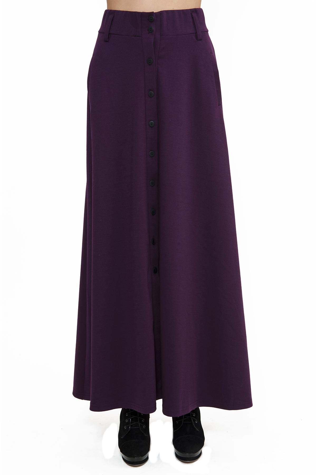 ЮбкаЖенские юбки и брюки<br>Стильная дизайнерская трикотажная юбка. Изделие привнесет в Ваш образ изысканную элегантность. Идеально подойдет как для повседневного, так и для вечернего гардероба.<br><br>Цвет: сливовый<br>Состав: 60% вискоза, 35% полиэстер, 5% лайкра<br>Размер: 42,44<br>Страна дизайна: Россия<br>Страна производства: Россия