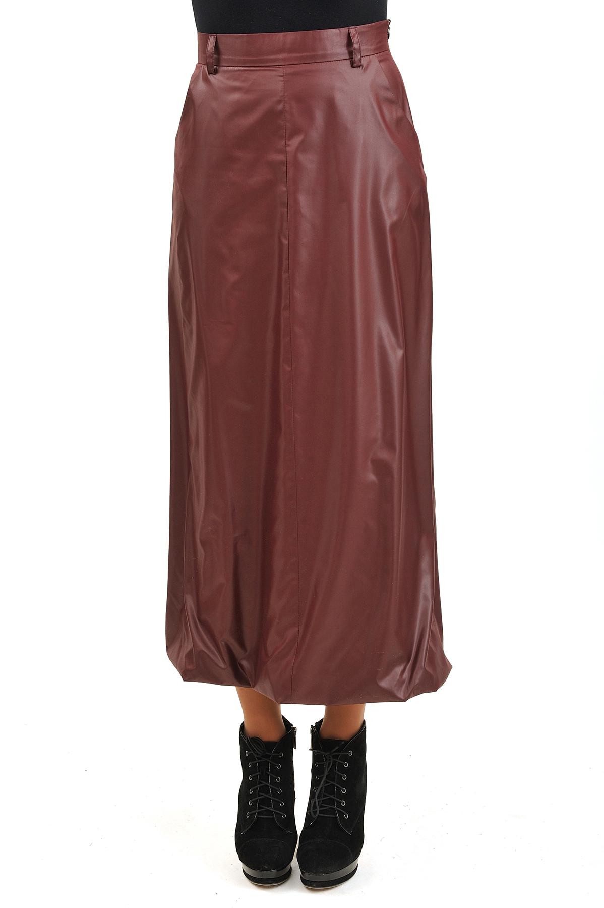 ЮбкаЖенские юбки и брюки<br>Эффектная юбка должна быть в каждом гардеробе и эта модель отвечает всем требованиям современной модницы! Благодаря спокойной однотонной расцветке, юбка превосходно гармонирует с любыми вещами.<br><br>Цвет: бордовый<br>Состав: 100% полиэстер, подкладка: 92% вискоза, 5% лайкра<br>Размер: 42,44,46,48,50,52,56<br>Страна дизайна: Россия<br>Страна производства: Россия