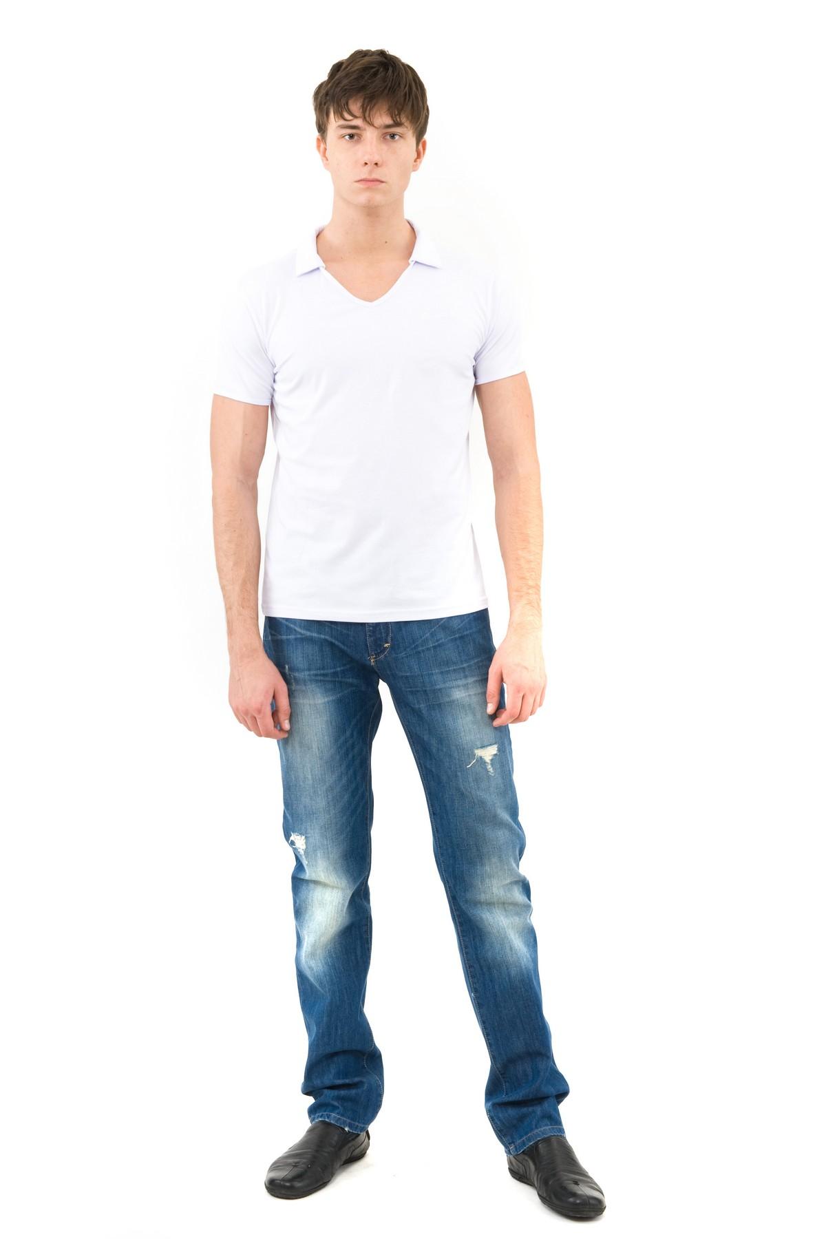 ФутболкаМужские футболки, джемпера<br>Футболка – это удобный выбор на каждый день, поэтому она должна быть яркой и стильной, чтобы привнести в повседневный образ красок. Из высококачественного трикотажа, не вытягивается после стирок, не линяет и не покрывается катышками.<br><br>Цвет: белый<br>Состав: 92% хлопок 8% лайкра<br>Размер: 44,46,48,50,52,54,56,58,60<br>Страна дизайна: Россия<br>Страна производства: Россия