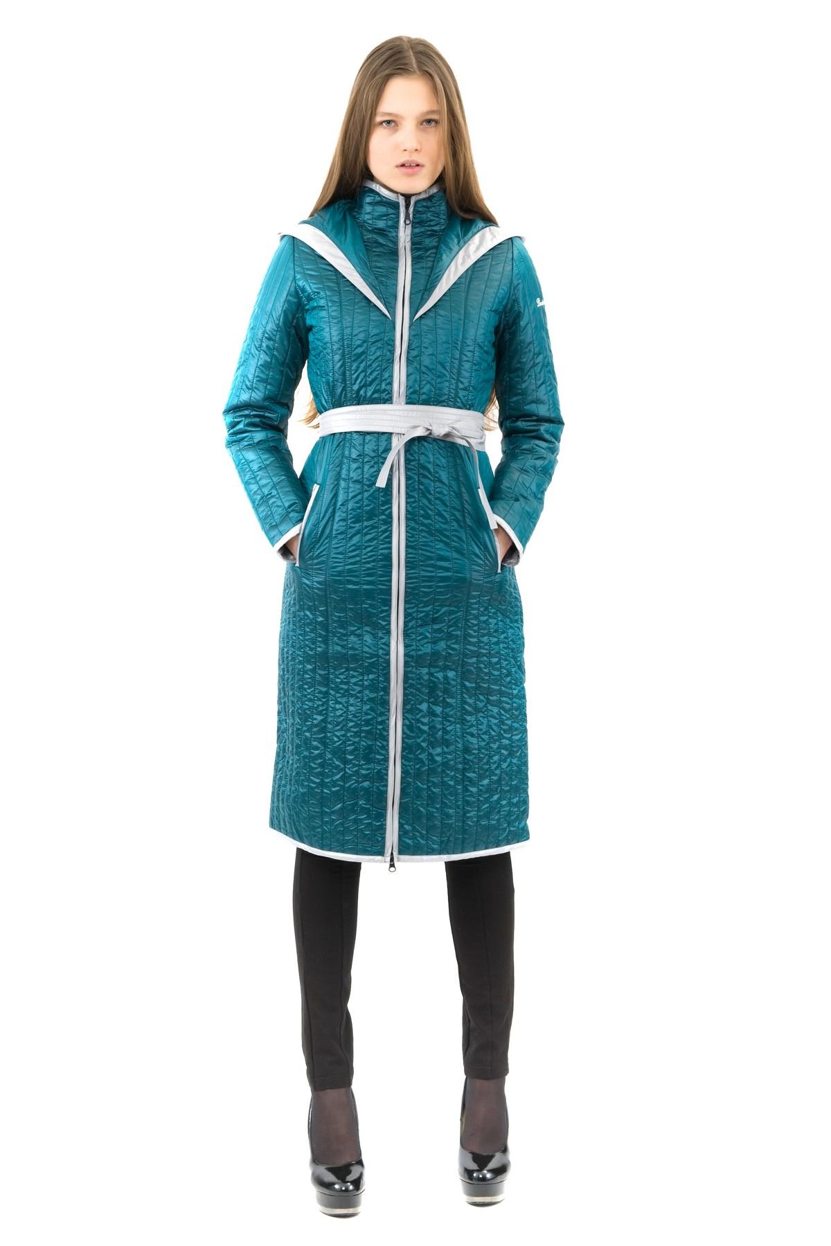 ПальтоЖенские куртки, плащи, пальто<br>В холодный осенний день очень важно ощущение тепла и комфорта. Это тепло может подарить Вам это очаровательное полупальто. модель приталенного покроя прекрасно сидит по фигуре. Оригинальность пальто заключается в комбинированном дизайне.<br><br>Цвет: изумрудный,серый<br>Состав: 100% полиэстер, подкладка - 100% полиэстер, утеплитель - 100% полиэстер<br>Размер: 40,42,44,46,48,52,54,56<br>Страна дизайна: Россия<br>Страна производства: Россия