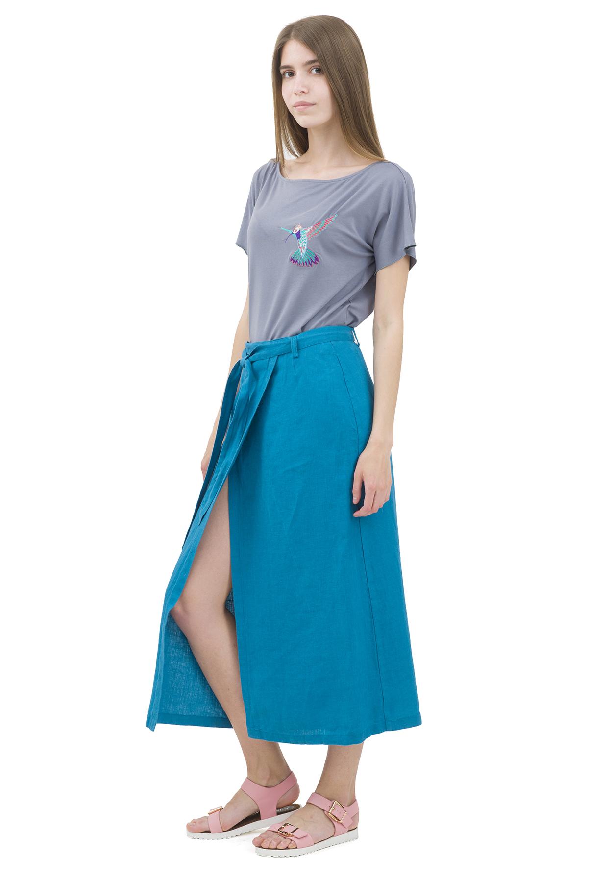 ЮбкаЖенские юбки и брюки<br>Льняная юбка должна быть в каждом гардеробе и эта модель отвечает всем требованиям современной модницы! Благодаря спокойной однотонной расцветке, юбка превосходно гармонирует с любыми вещами.<br><br>Цвет: бирюзовый<br>Состав: 100% лен<br>Размер: 40,42,44,46,48,50,52,54<br>Страна дизайна: Россия<br>Страна производства: Россия