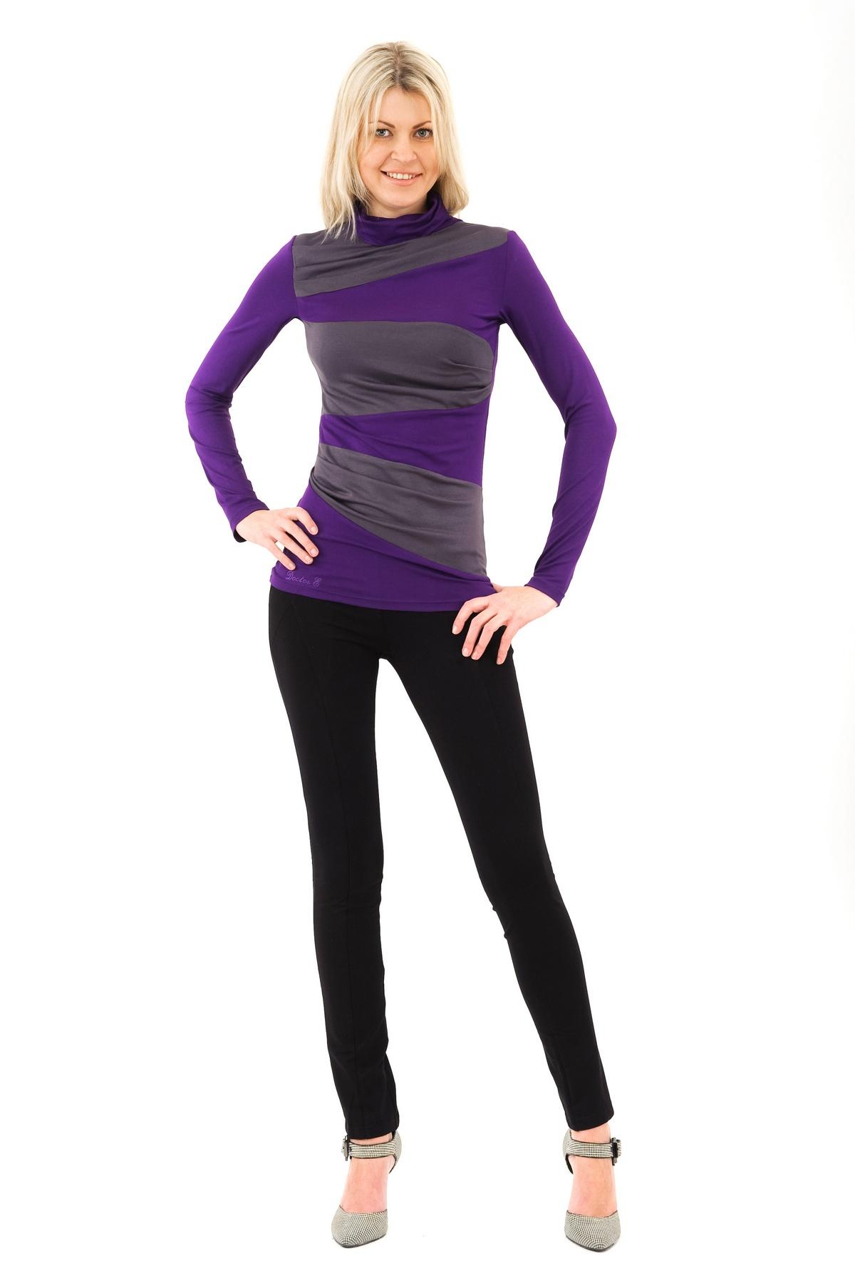 ВодолазкаТрикотаж<br>Модель облегающего покроя с воротником-стойкой, длинными рукавами. Выполнена из прекрасного мягкого трикотажа. Отличный вариант для создания повседневного стильного образа.<br><br>Цвет: фиолетовый,серый<br>Состав: 92% вискоза, 8% лайкра<br>Размер: 56,58,60<br>Страна дизайна: Россия<br>Страна производства: Россия
